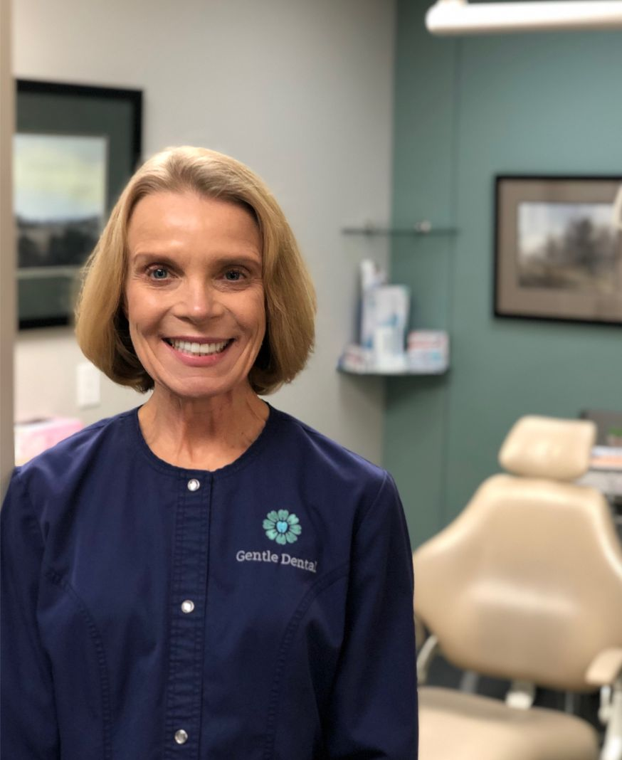 Dentist near Lincoln | Lincoln Female Dentist | Arbor Family